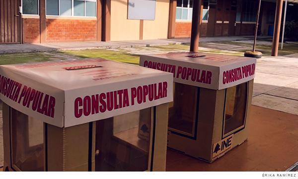 urnas para la consulta popular