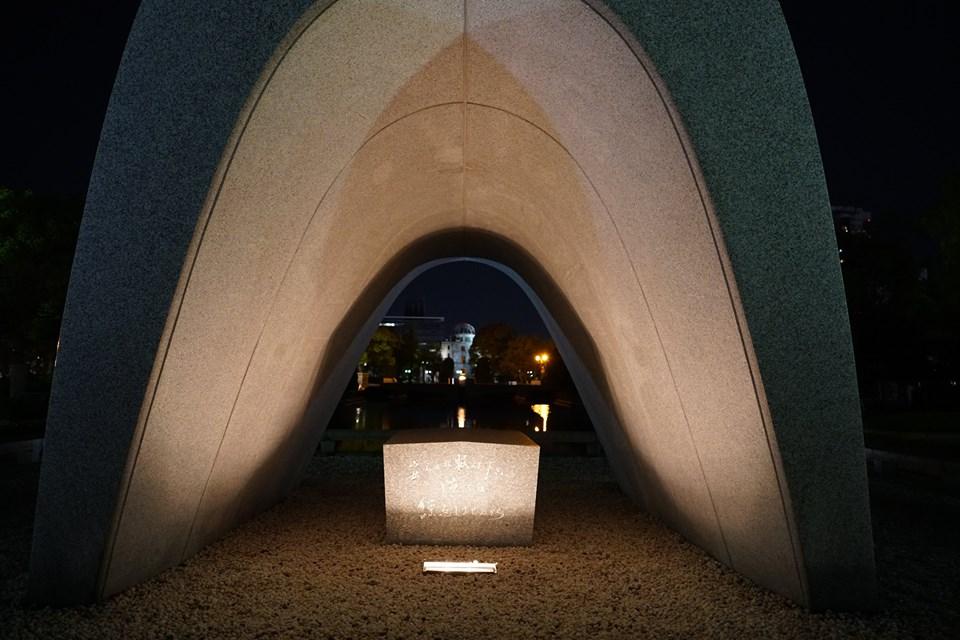 Hiroshima: as bombas de napalm são brinquedos