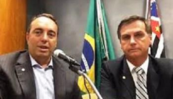 Resultado de imagem para Bolsonaro inclui Felipe Francischini entre traidores