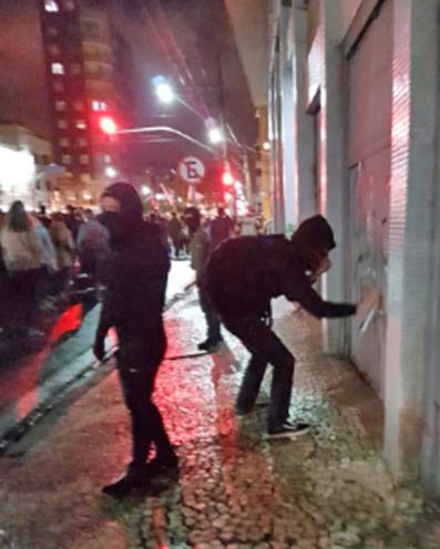 Governo reconhece que ajudou a inflamar protestos