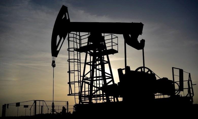 Photo of El precio del barril de petróleo cae 1.5% por la incertidumbre que genera el brote de coronavirus