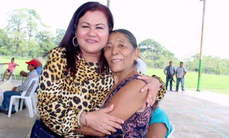 Photo of Quitan finalmente a alcaldesa morenista de Jalapa por corrupción
