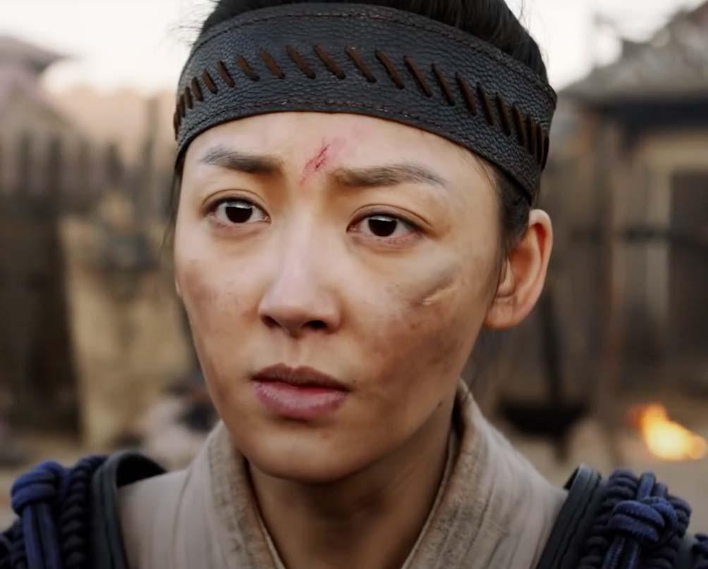 Matchless Mulan Film Review (2020) - The Better Mulan