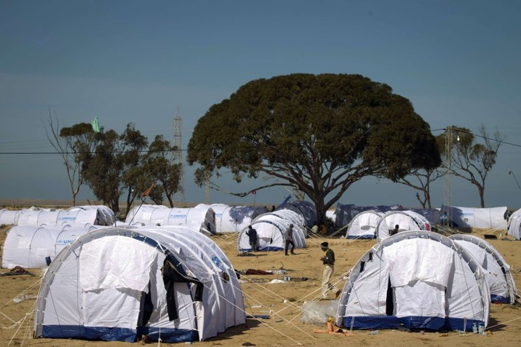 Líbia, o número do horror: 700 mil migrantes nos campos de refugiados