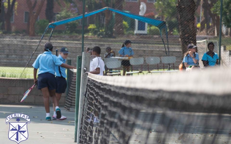 tennis-vs-vicfalls-11