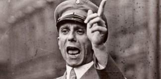 Goebbels en un discurso en Berlín (1934). GEORG PAHL