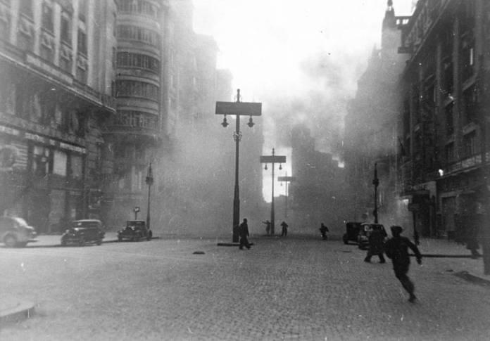 Marco 2 bombardeo 21-april-1937 Cordon Press