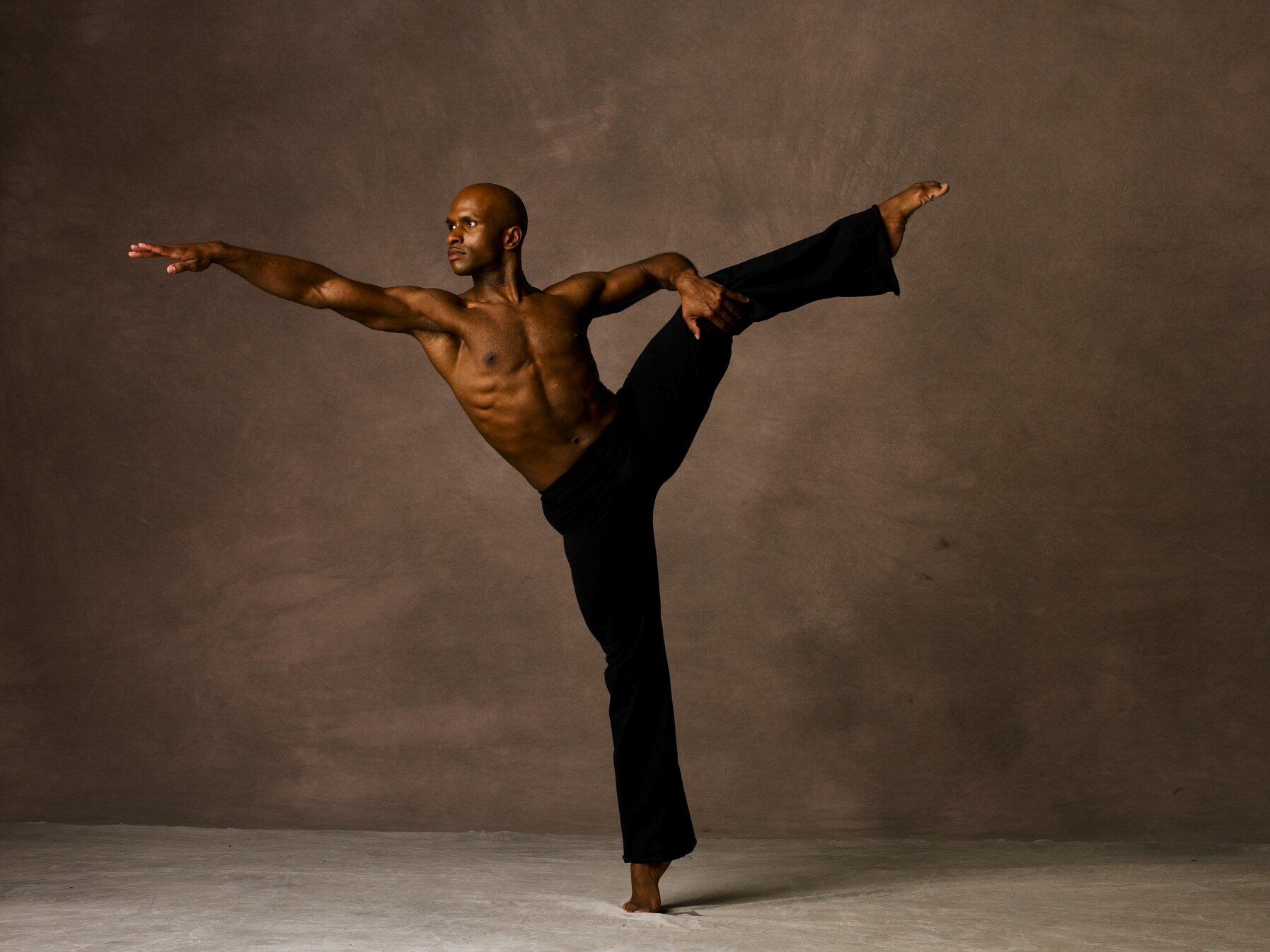 glenn allen sims, alvin ailey, alvin ailey american dance theater, the kennedy center, the kennedy center for the performing arts, yumiko, yumiko dance wear, rebecca king ferraro, michael sean breeden, miami city ballet dancers, professional dancers, professional ballet dancer, modern dance, modern dancers, master class, ballet class, modern class, Kennedy Center Education,