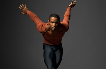 Craig Hall - Photo by Henry Leutwyler - Conversations on Dance