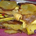 Lasaña vegetal de berenjena, calabacín, pimiento y patata cocinado al horno