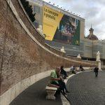ローマの七不思議?ポポロ広場の壁