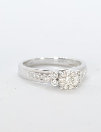 14k White Gold Diamond Engagement Ring .31 carat