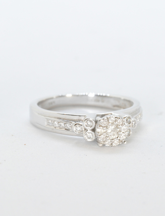 14k White Gold Diamond Engagement Ring .31 carat