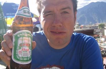 Biertje drinken in Lhasa – Tibet
