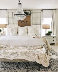 Amazing Rustic Farmhouse Master Bedroom Ideas 12