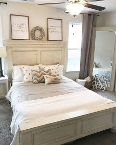 Amazing Rustic Farmhouse Master Bedroom Ideas 41