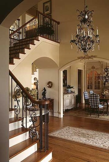 Incredible Fancy French Country Dining Room Design Ideas 16