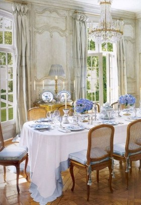 Incredible Fancy French Country Dining Room Design Ideas 23