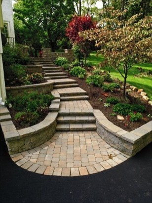 Stunning Front Yard Path Walkway Design Ideas 46