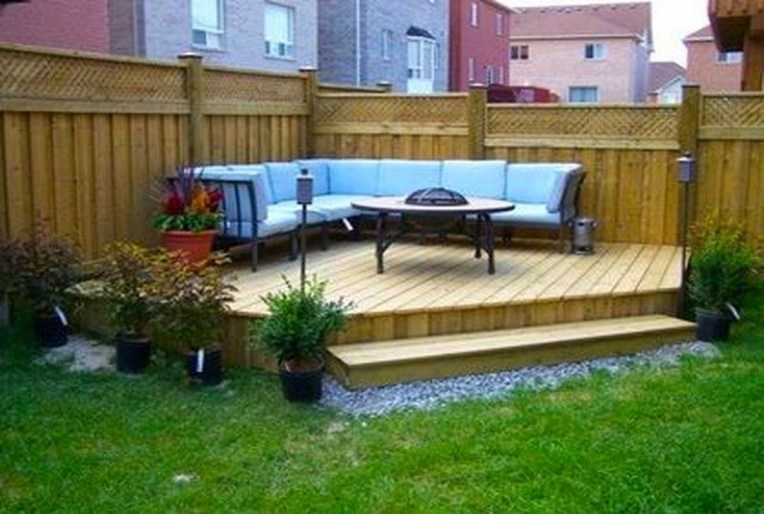 Amazing Backyard Seating Design Ideas 09