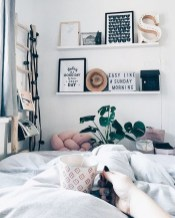 Awesome Bedroom Organization Ideas 19