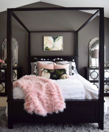 Awesome Bedroom Organization Ideas 39
