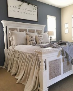 Awesome Farmhouse Style Master Bedroom Ideas 19