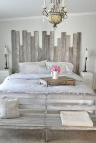 Awesome Farmhouse Style Master Bedroom Ideas 20