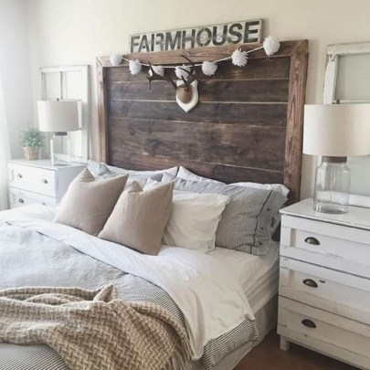 Awesome Farmhouse Style Master Bedroom Ideas 39