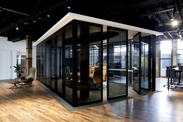 Beautiful Contemporary Office Design Ideas 40