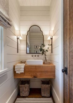 Gorgeous Rustic Farmhouse Bathroom Decor Ideas 09