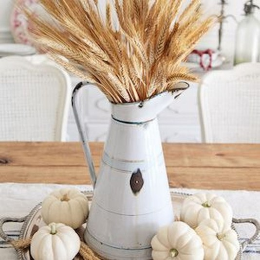 Modern Diy Fall Centerpiece Ideas For Your Home Decor 37