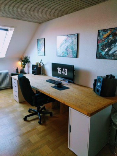 Unique Gaming Desk Computer Setup Ideas 33