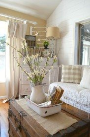 Charming Antique Farmhouse Decoration Ideas 05
