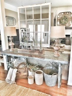 Charming Antique Farmhouse Decoration Ideas 15