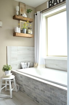 Lovely Farmhouse Bathroom Accessories Ideas 07