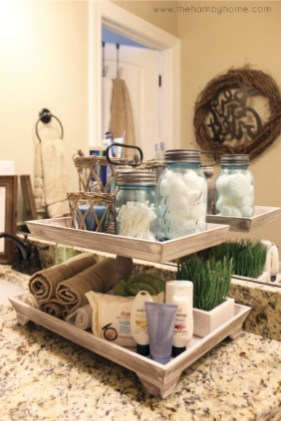 Lovely Farmhouse Bathroom Accessories Ideas 15