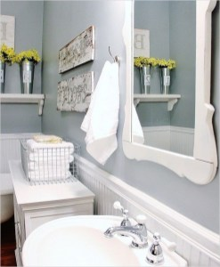 Lovely Farmhouse Bathroom Accessories Ideas 30