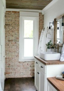 Lovely Farmhouse Bathroom Accessories Ideas 31