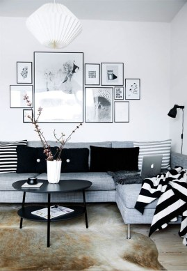 Simple Modern Living Room Decorations Ideas 21