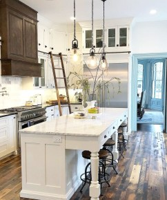 Stunning Farmhouse Kitchen Color Ideas 38