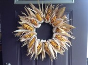 Stylish Fall Wreaths Ideas With Corn And Corn Husk For Door 27