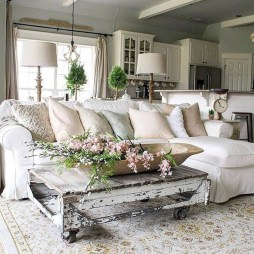 Awesome French Farmhouse Living Room Design Ideas 05