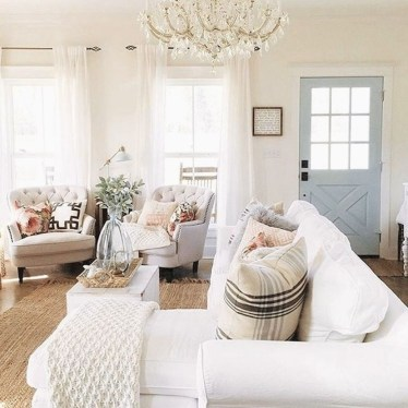Awesome French Farmhouse Living Room Design Ideas 44