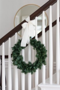 Beautiful Christmas Stairs Decoration Ideas 22