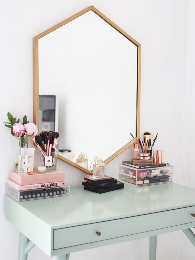 Cozy Mid Century Dressing Tables Vanities Ideas 22
