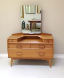 Cozy Mid Century Dressing Tables Vanities Ideas 26