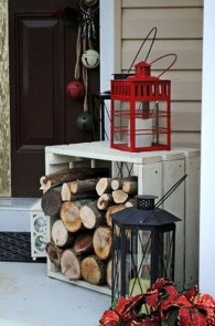 Cozy Rustic Outdoor Christmas Decor Ideas 37