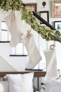 Gorgeous Ways To Decorate Your Stairs In This Christmas Ideas 22