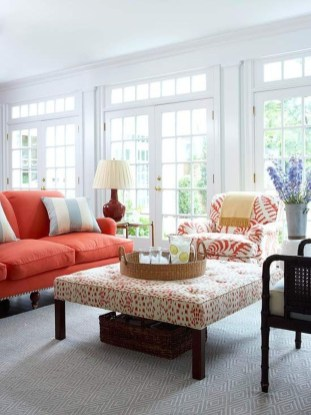 Incredible White Walls Living Room Design Ideas 36